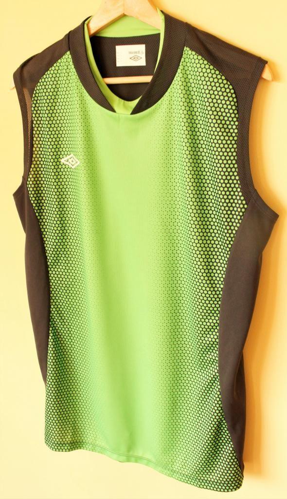 OFERTA¡¡ camiseta deportiva Umbro manga cero talla L