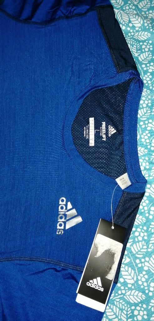 Polo Adidas Freelift Talla L Entalle