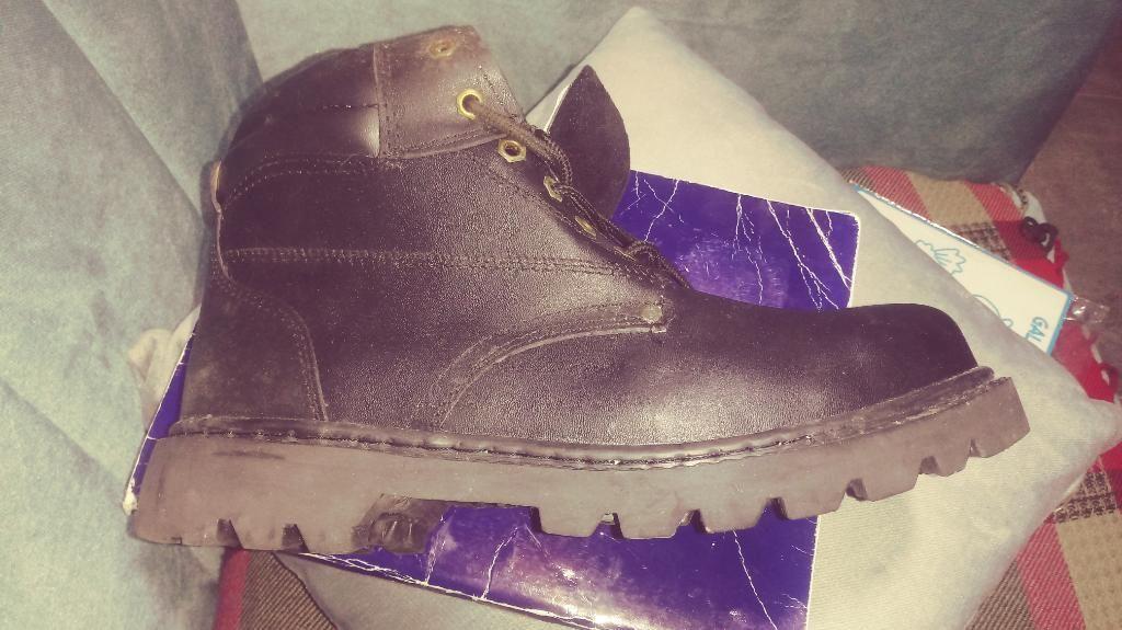 Zapato de Seguridad Talla 43 Nuevo