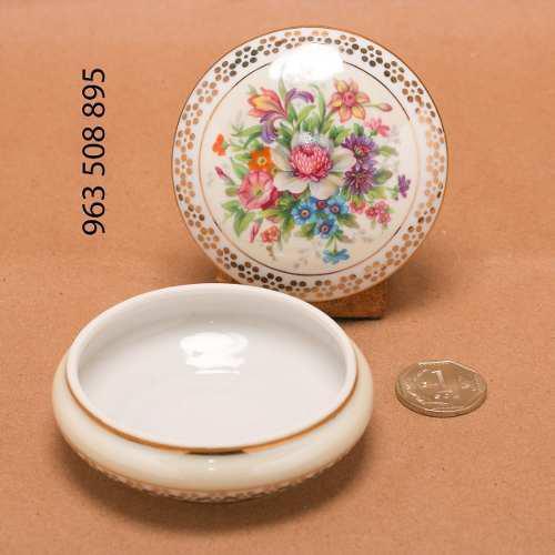 Limoges Porcelana Francesa Bombonera Gout De Villes