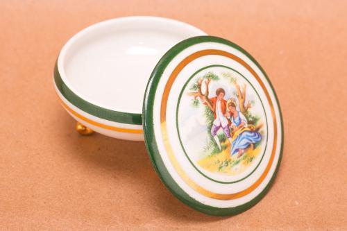 Limoges Porcelana Francesa Cofre Con Patitas Gout De Villes