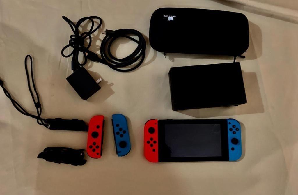 Nintendo Switch Completo con Mandos
