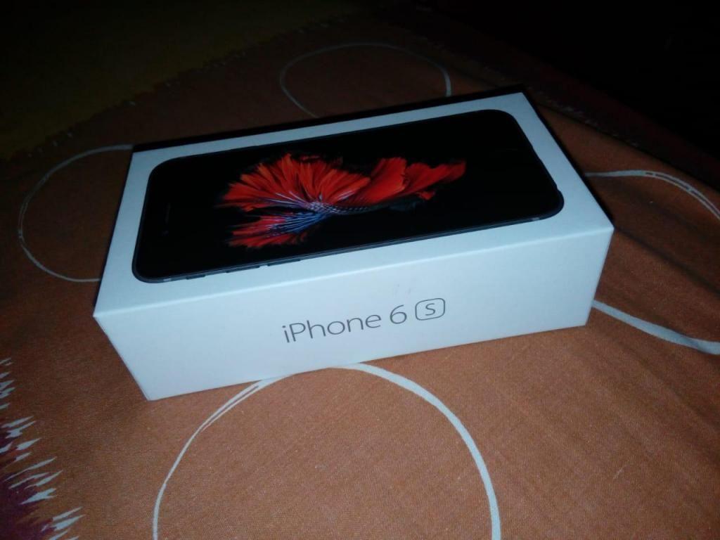Vendo iPhone 6s nuevo con caja y todo a 700