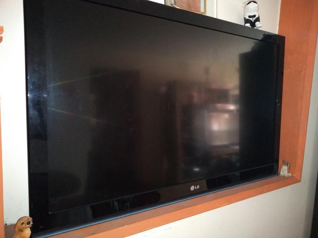 Se Vende Televisor Led 42 Pulgadas Lg