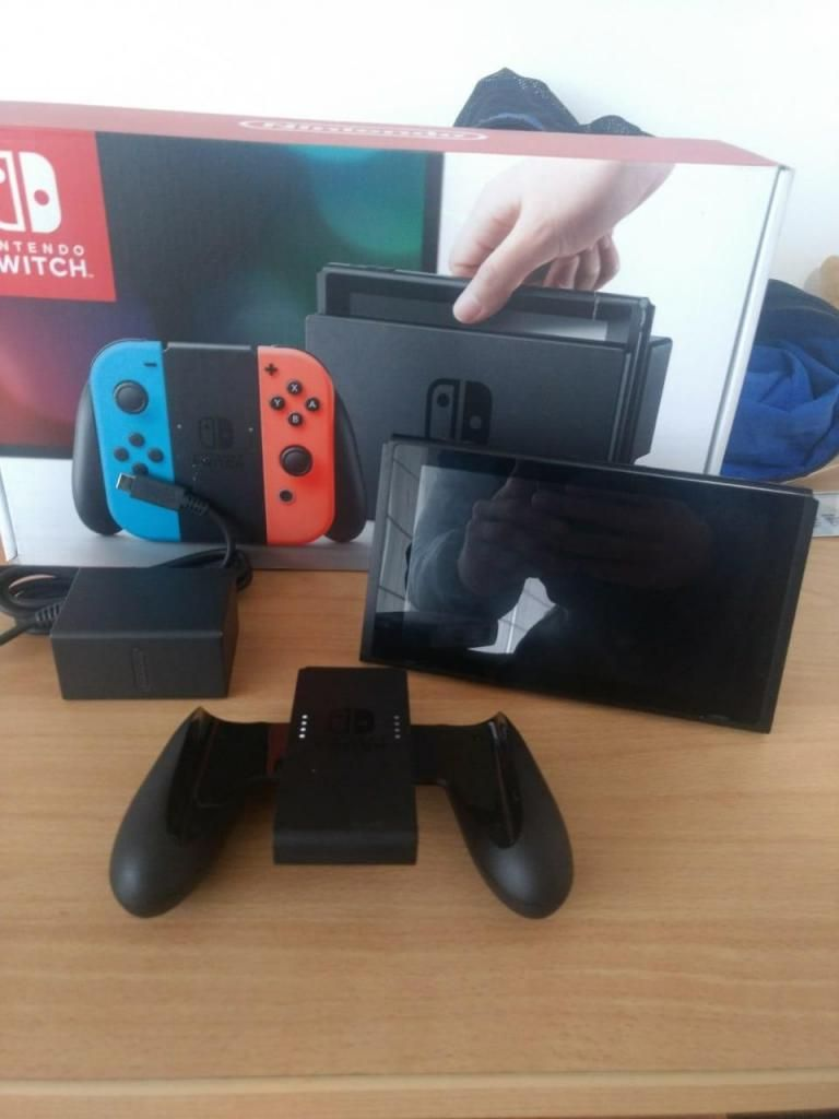 NINTENDO SWITCH USADO - SOLO MODO PORTATIL