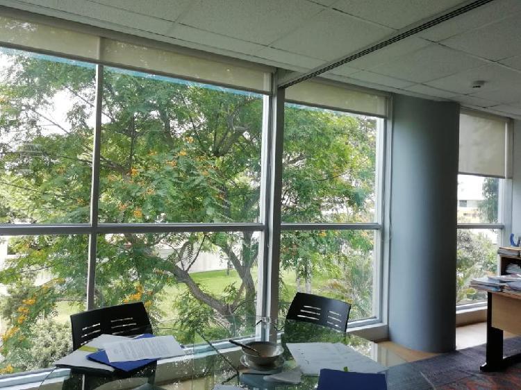 Oficina con Vista a Parque, Cerca a Wong de Benavides