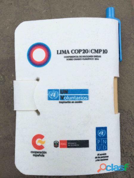 Libretas Ecológicas Hechas en el Perú de Botellas