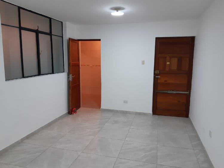 Departamento Completamente Remodelado en Av Julio C. Tello -