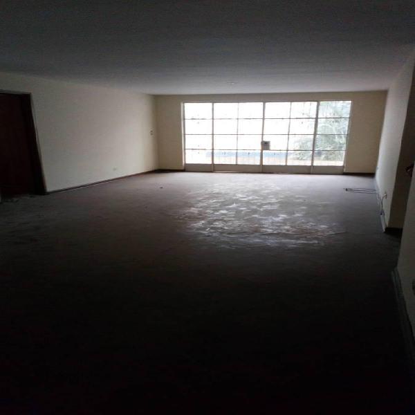 tención¡Constructores, Se Vende Casa de 314 m², Par 5