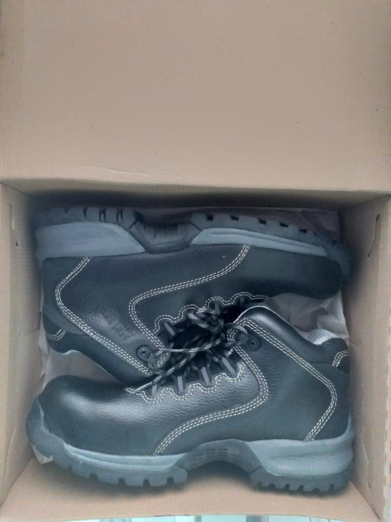 Zapatos de Seguridad Nuevos T 41