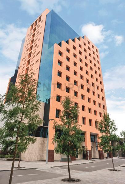 Exclusiva Oficina en El Corazón de San Isidro