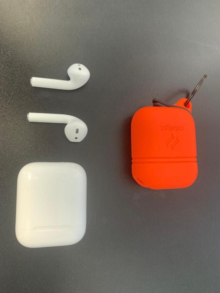 Apple AirPods Audifonos Bluetooth