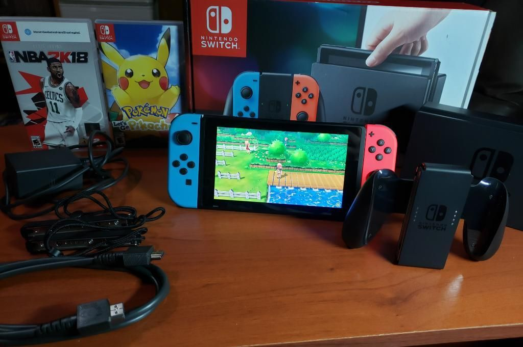Nintendo Switch 32g Y 2 Juegos