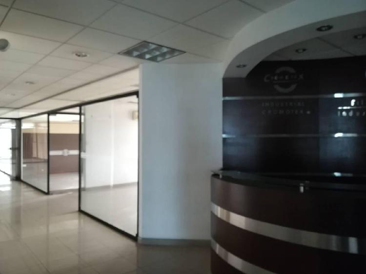 En Venta Edificio de Oficinas Ac. 2,357 m² en Av N. de