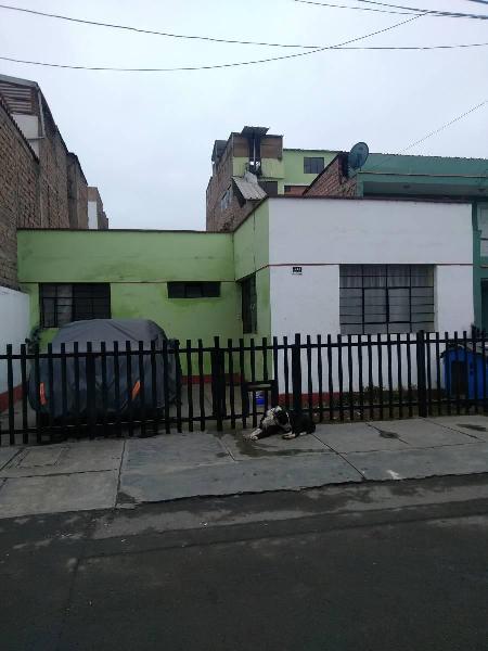 Remato Casa Como Terreno en San Juan de Miraflores