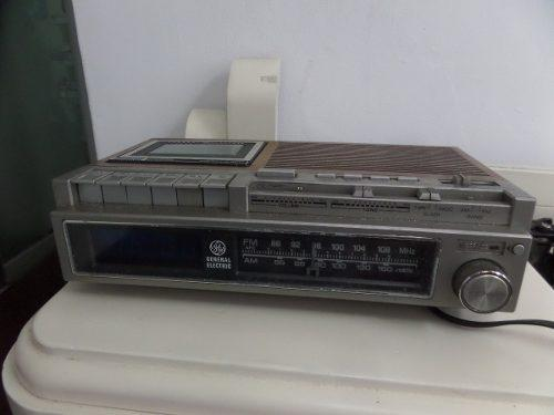 Antigua Radio Reloj Despertador Cassetera General Electric