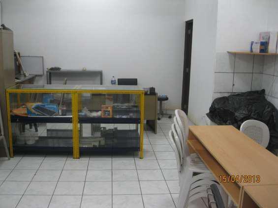 Alquilo local comercial en san borja en Lima