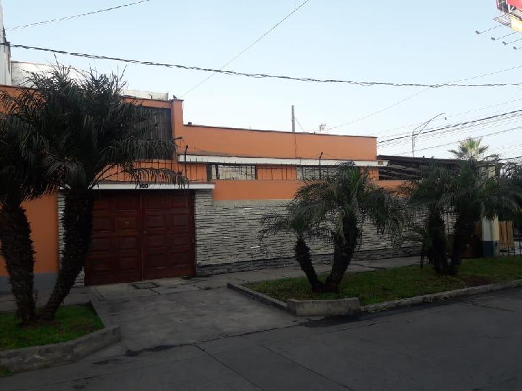 Se Alquila Casa en Esquina en Magdalena del Mar ID