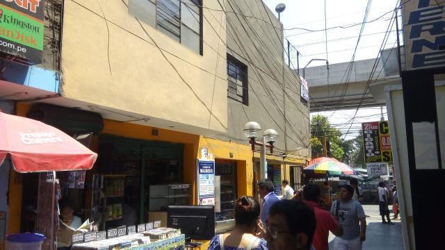 Se Vende Casa Comercial en San Juan de Lurigancho