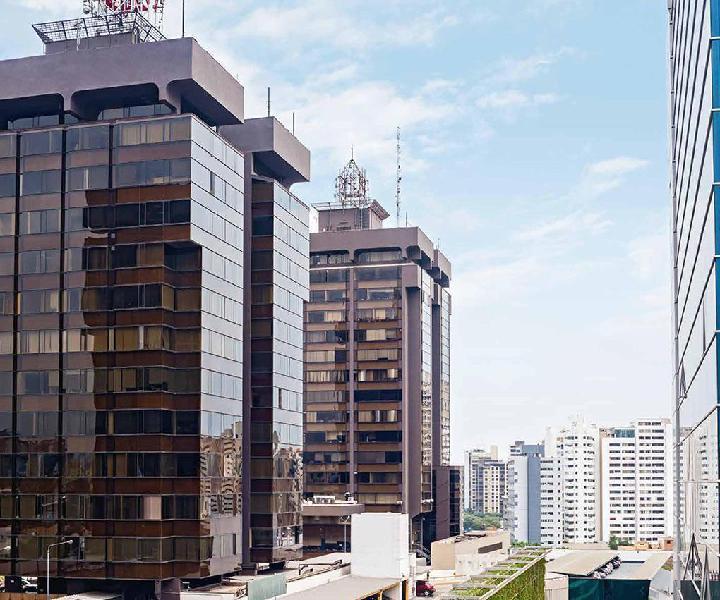 Amplia Oficina 369 m² Torre El Pilar - en Pleno Centro de