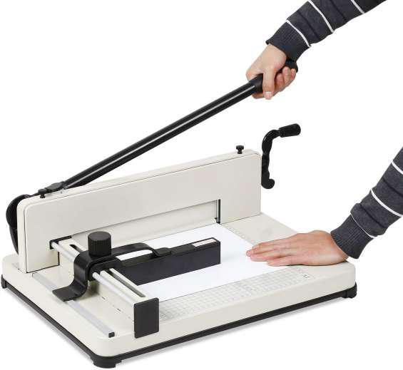 Vendo guillotina semi industrial corta 500 hojas de boca 35