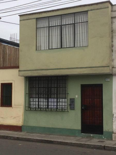 Se Vende Casa de 2 Pisos en Breña Cerca (Ino)