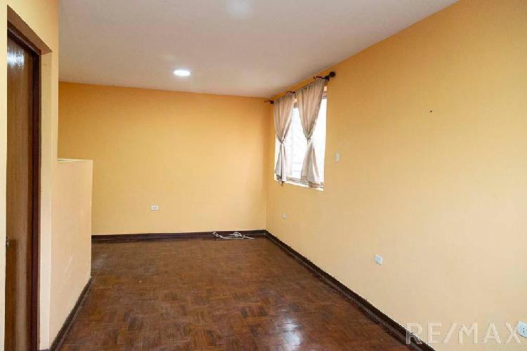 No Notaalquilo Mini Departamento en La Av La Encalada. 67483
