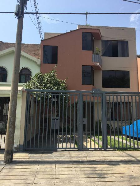 Vendo Departamento en La Ensenada - La Molina