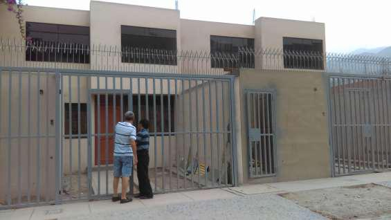 Vendo casa en sol de huampani primera etapa en Chosica