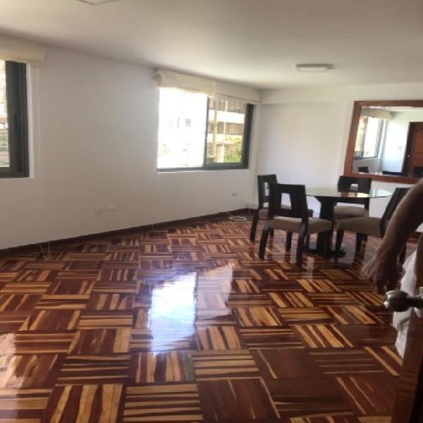 Alquilo Lindo Departamento Bien Iluminado en San Isidro