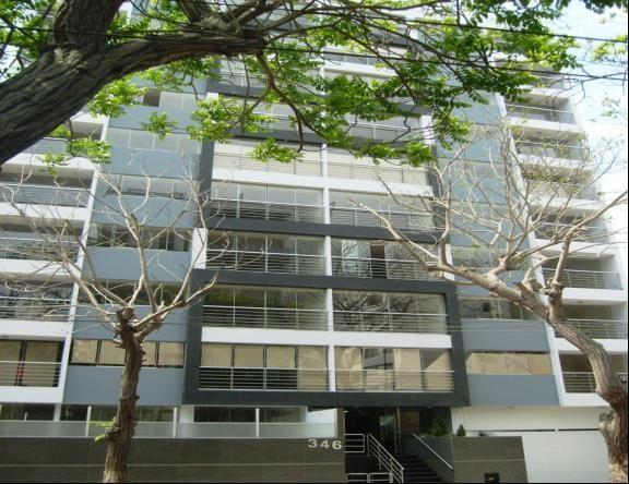 Alquilo Moderno Departamento con Vista a Calle en Miraflores