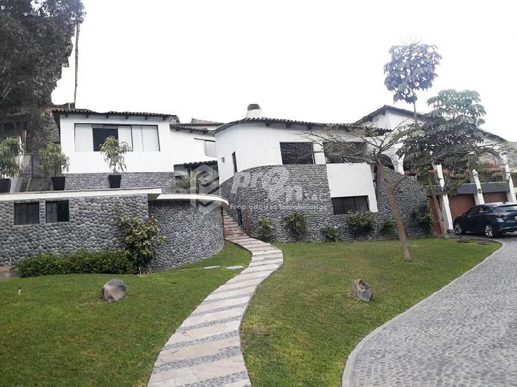 Remate! Hermosa Casa con Vista Espectacular Al Golf de La