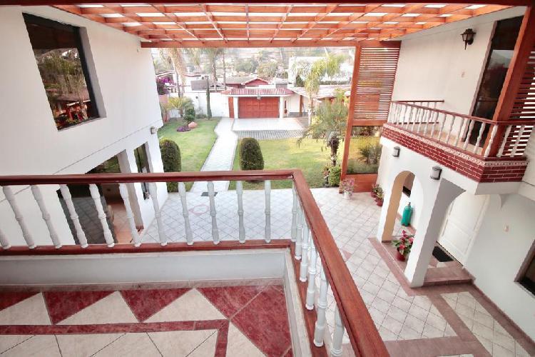 Se Vende Hermosa Casa en La Planicie de 1000 m², a Precio