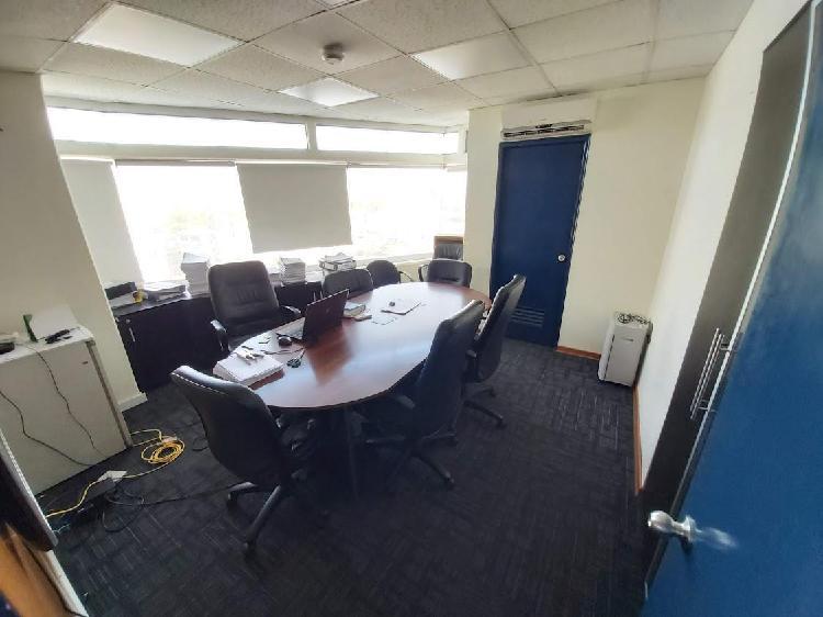 Vendo Oficina en Pleno Corazón de San Isidro