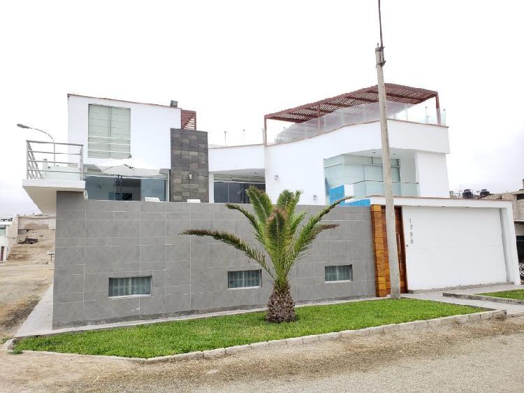 Venta de Casa de Playa en Punta Negra