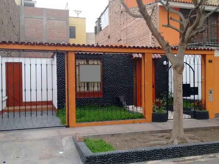 Alquilo Casa de 1 Piso Urb Mayorazgo Etapa 1