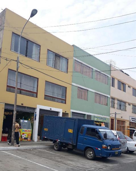 Se Alquila Amplio Local Comercial en La Molina