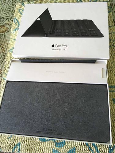 iPad Pro Accesorios Smart Keyboard + Case Apple Red