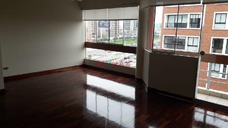 Alquilo Departamento con Vista Exterior en Miraflores