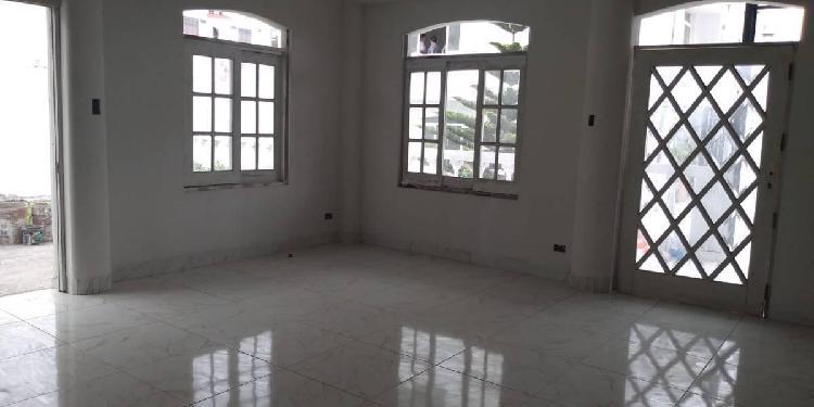 Alquilo Casa, 5 Dorm., Casa en Condominio, Los Huertos de La