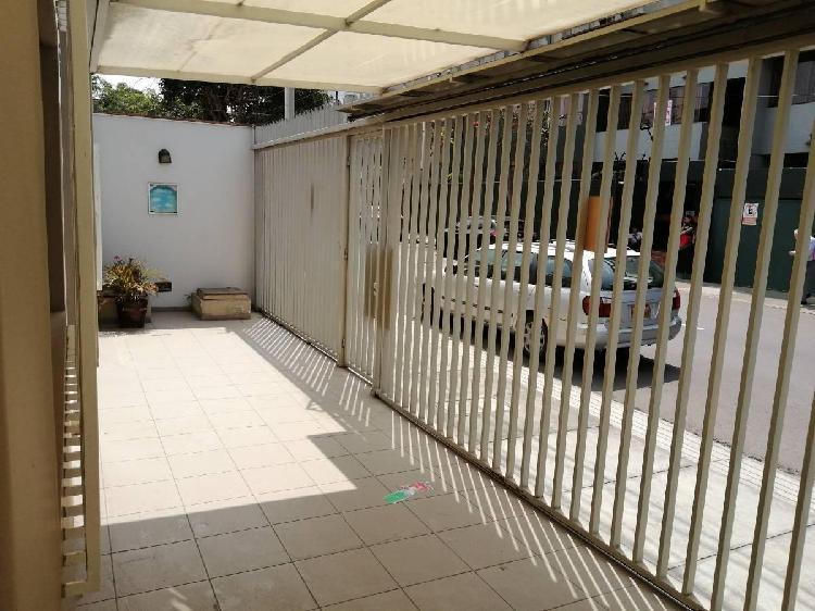 Cs - Alquilo Casa en Miraflores Para Oficina a Puerta