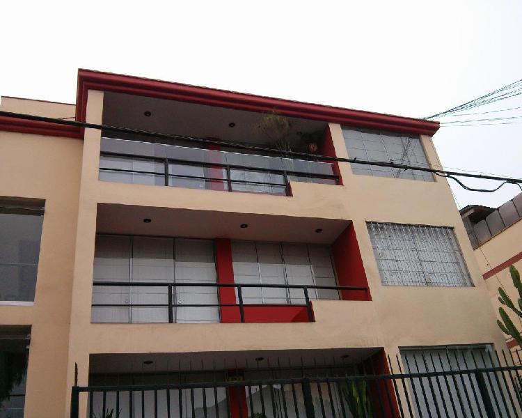Alquilo Departamento en La Av Corregidor, La Molina