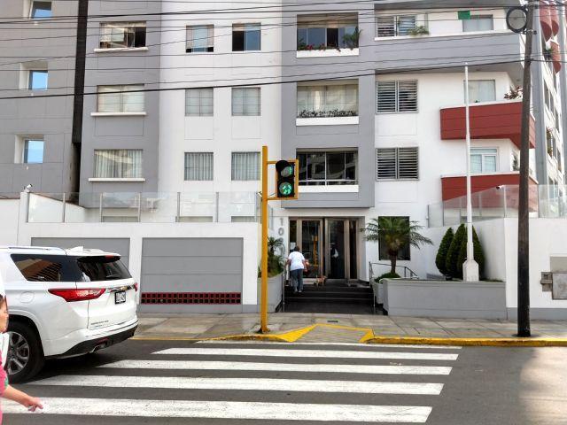 Alquilo Precioso Dpto Amoblado en Miraflores, 65 m², 1dorm,