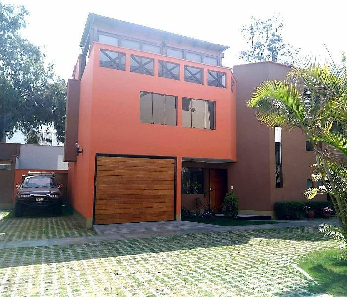 Oportunidad de Ocasión! Casa en Santiago de Surco de 210