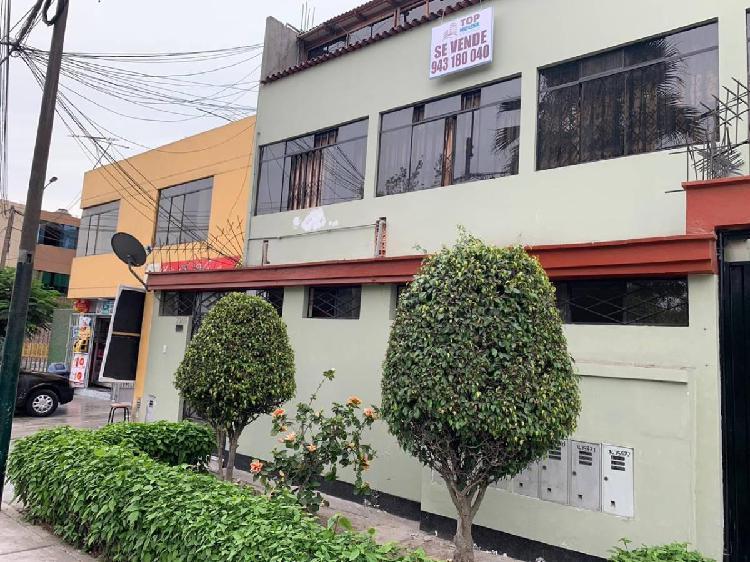 Se Vende Casa en Javier Prado Este - La Molina