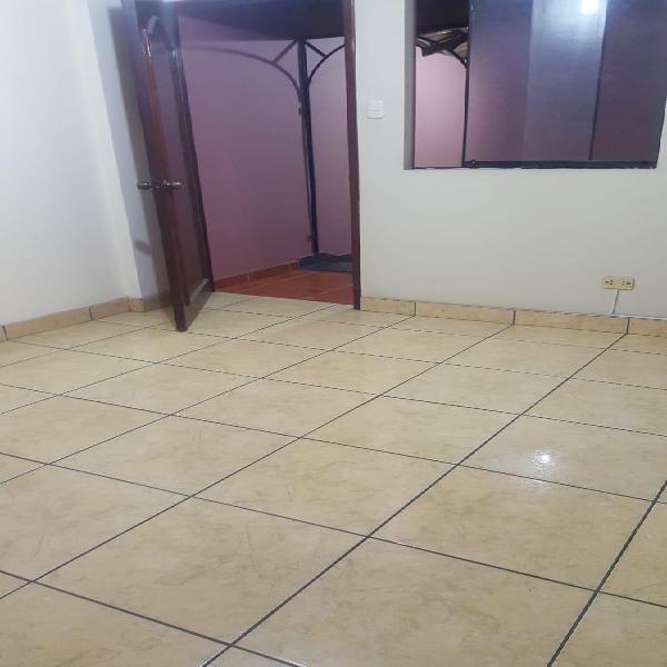Se Alquila Mini Departamento en Constructores - La Molina