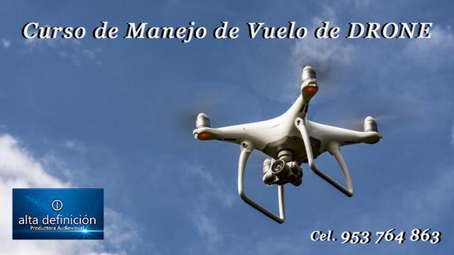 Curso Profesional de Manejo y Vuelo de Drones Phantom 4 Pro.