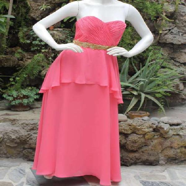 Vestido de Fiesta Rosado Bordado a Mano