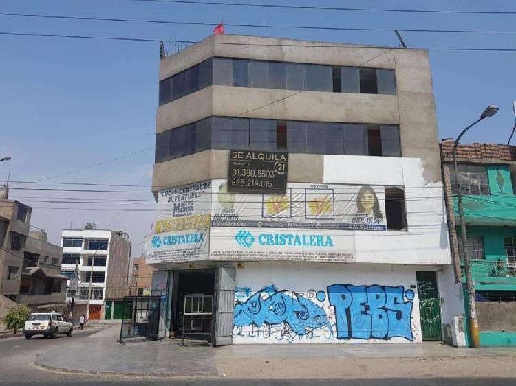 Local Comercial en Alquiler de 235m2 en San Juan de
