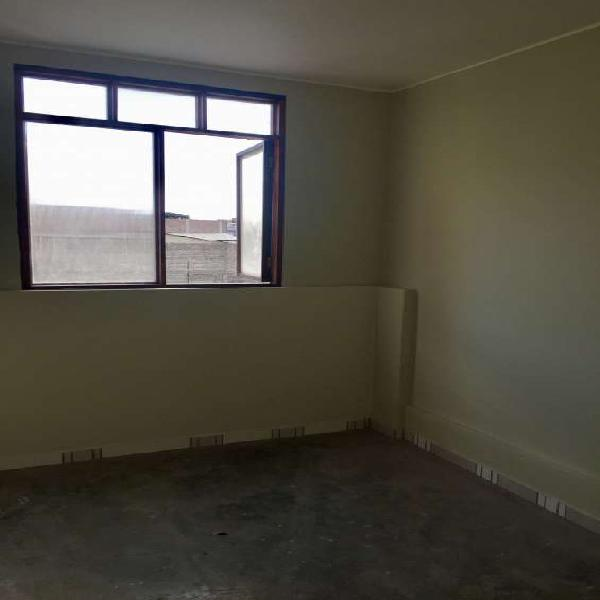Alquilo habitacion en gamarra. la victoria. en Lima